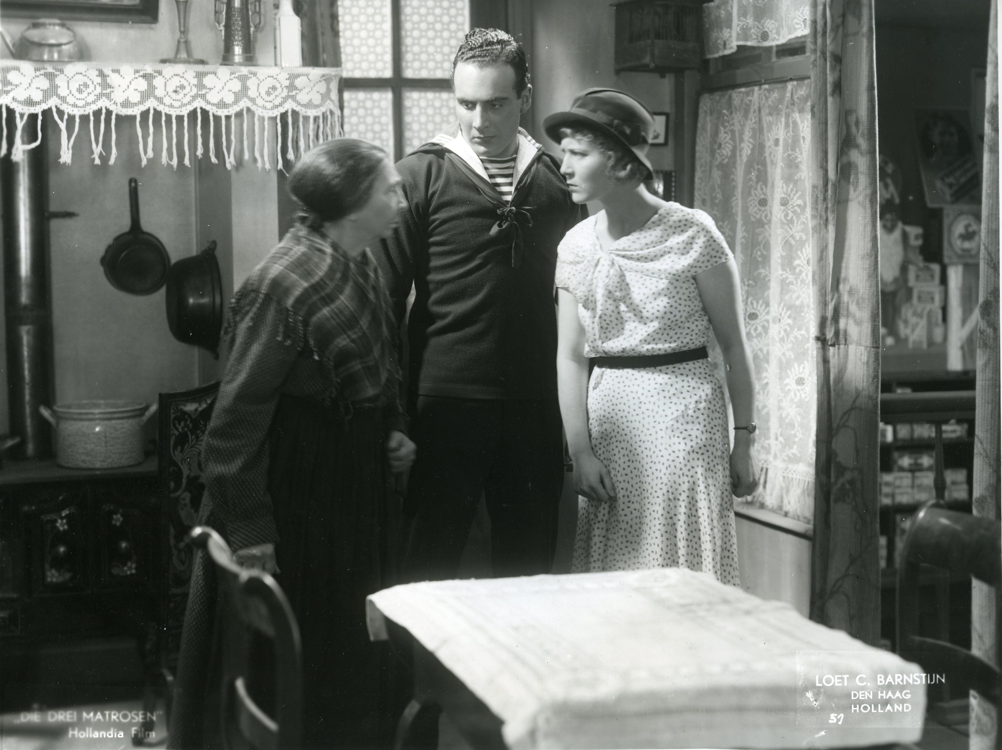 Vlnr: Aaf Bouber in de rol van Tante Piet, Willy Castello als Dolle Dries en Susie Klein in de rol van Blonde Greet.